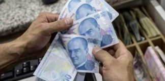 Turks Embrace The Bitcoin Amid Falling Lira